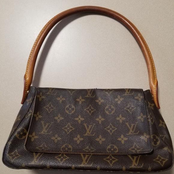 6e8eba30c9b2 Louis Vuitton Handbags - Louis Vuitton Monogram Mini Looping Bag